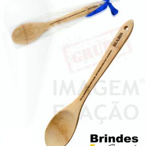 Colher de bambú